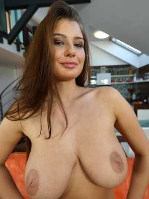 Hot pornstar jugs burg tits suck images hd